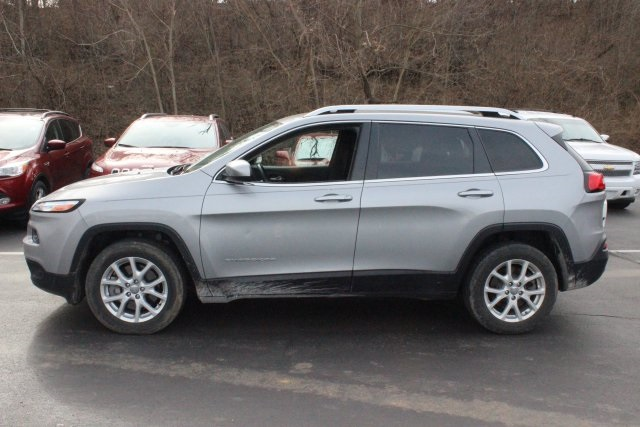 pre owned 2015 jeep cherokee latitude 4d sport utility in columbia d6832c royal gate columbia. Black Bedroom Furniture Sets. Home Design Ideas